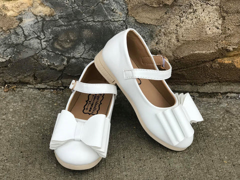 Pipperdoodles White Pipperdoodles Bow Shoes (READ DESCRIPTION)