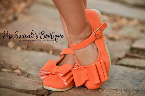 Pipperdoodles Orange Suede Bow Shoes (READ DESCRIPTION)