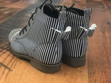 [Black + White Striped] Pipperdoodles Bow Back Boots