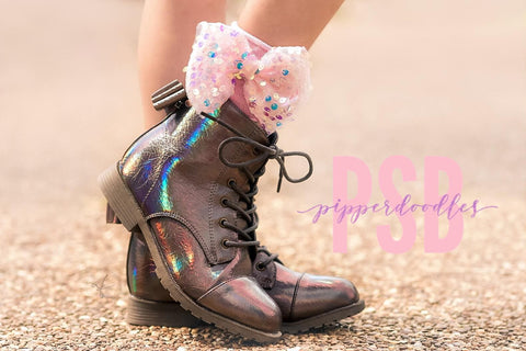 [Holographic Brown] Pipperdoodles Boots w/ Detachable Bows