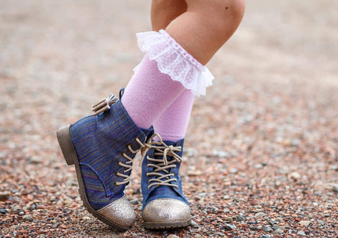 [Rainbow Threads Denim] Pipperdoodles Boots W/ Detachable Bows