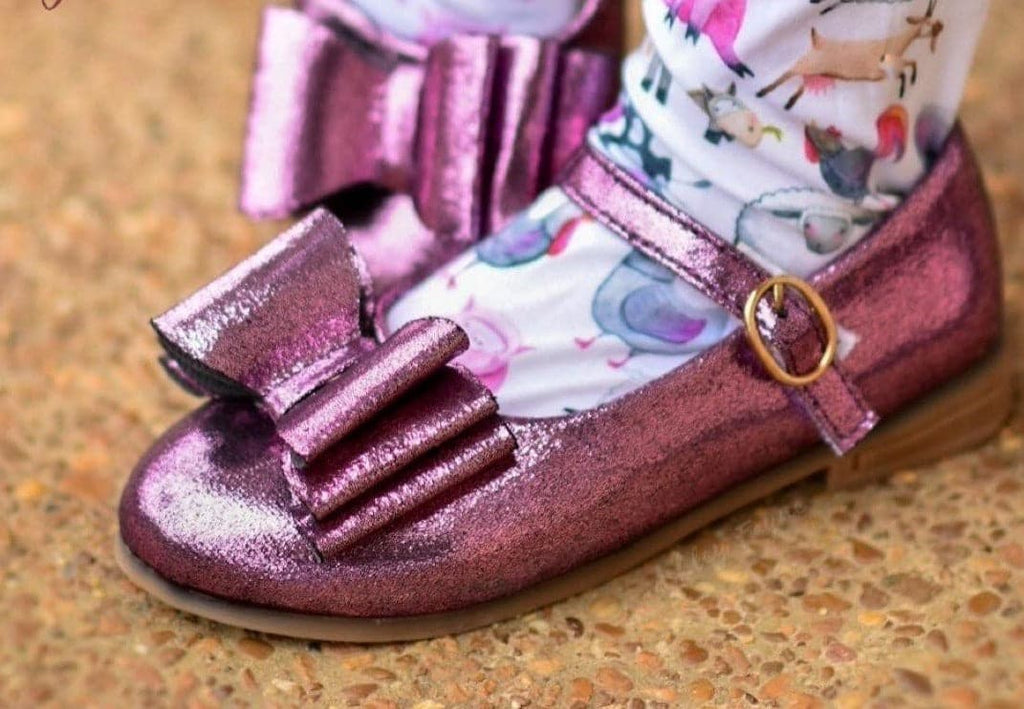 **READ DESCRIPTION** OOPSIE DUDSIE Eggplant Shimmer Bow Shoes