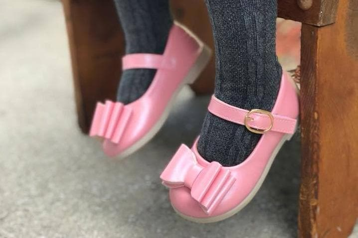 Pearl Pink Bow Shoes (READ DESCRIPTION)