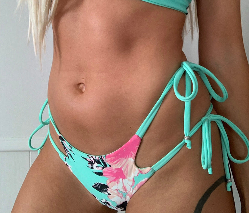Kauai x Mint Double Tie Cheeky