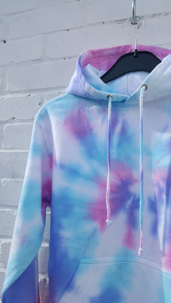 tie dye hoodie UK close up
