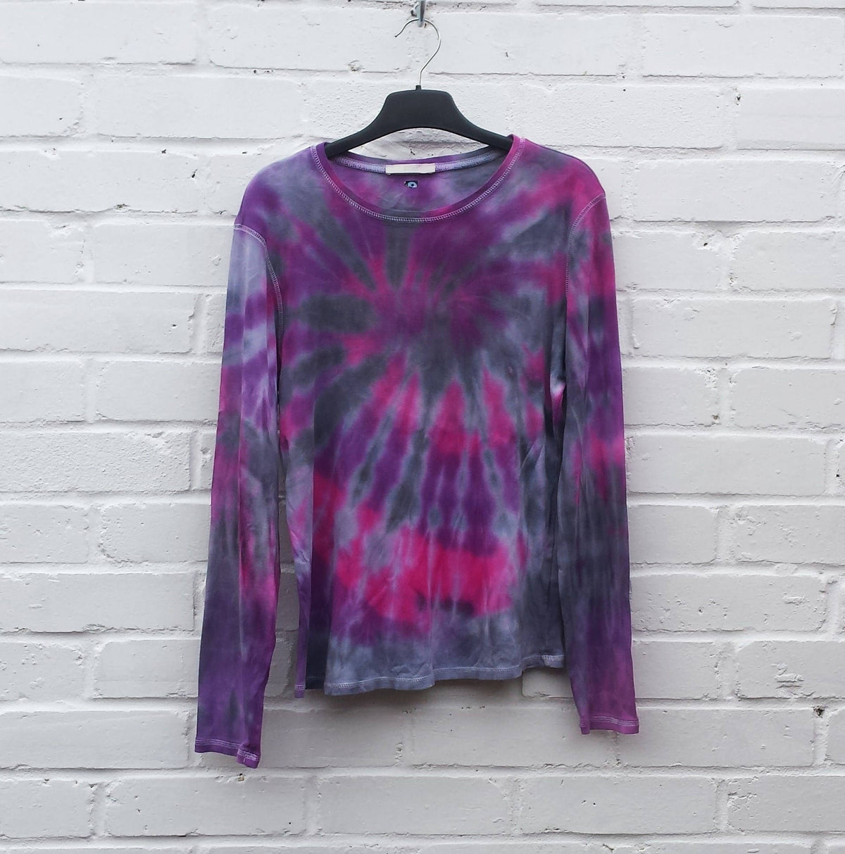 Tie Dye T-shirt ALL SIZES Hippie Clothes Festival Clothing Trippy Pink Purple Black