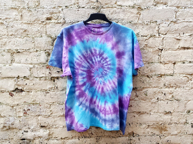 Tie Dye Shirt Hippie Tshirt Unisex T-shirt All Sizes Purple & Blue Festival Clothing Trippy Psychedelic Hippie Gift Tie Dye Mens Clothing