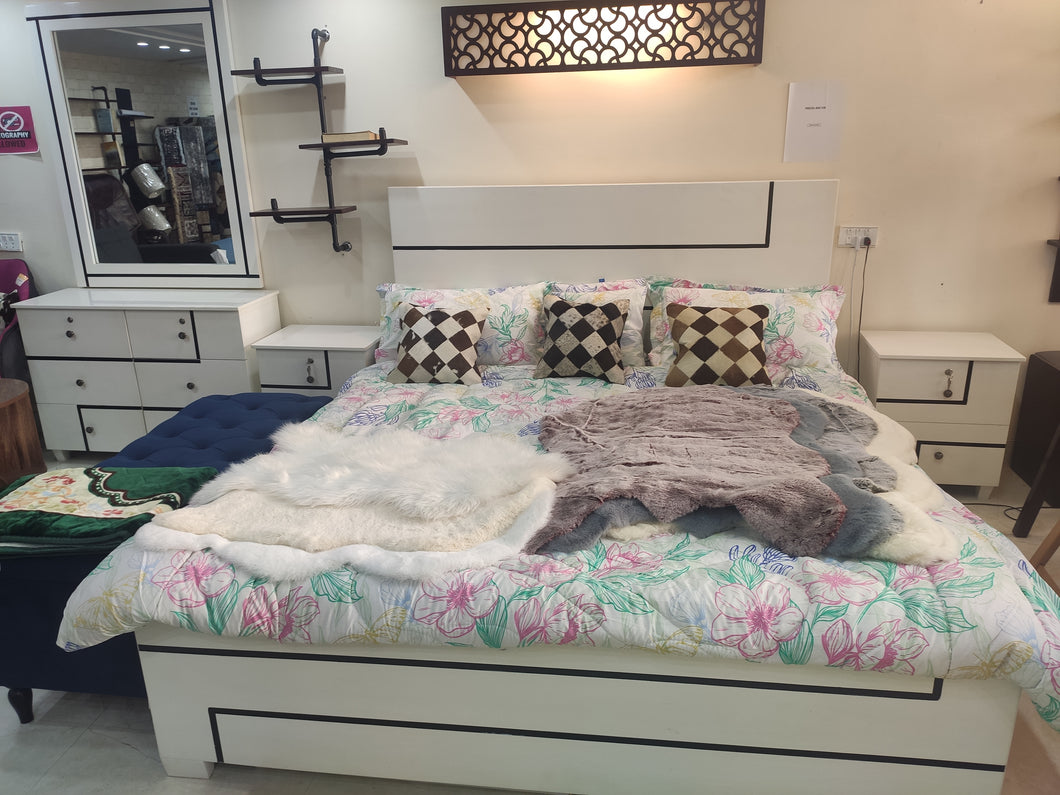 Cole white King Size Bed