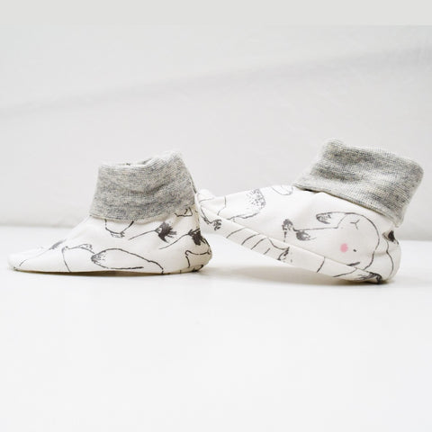 Jus Cubs Cotton Bootees (Baby Shoe) White