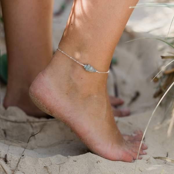 Aquamarine Chip Bead Bar Anklet in Sterling Silver