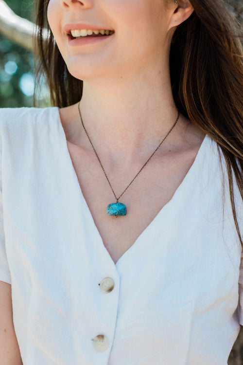 Chunky Apatite Crystal Nugget Necklace - Luna Tide
