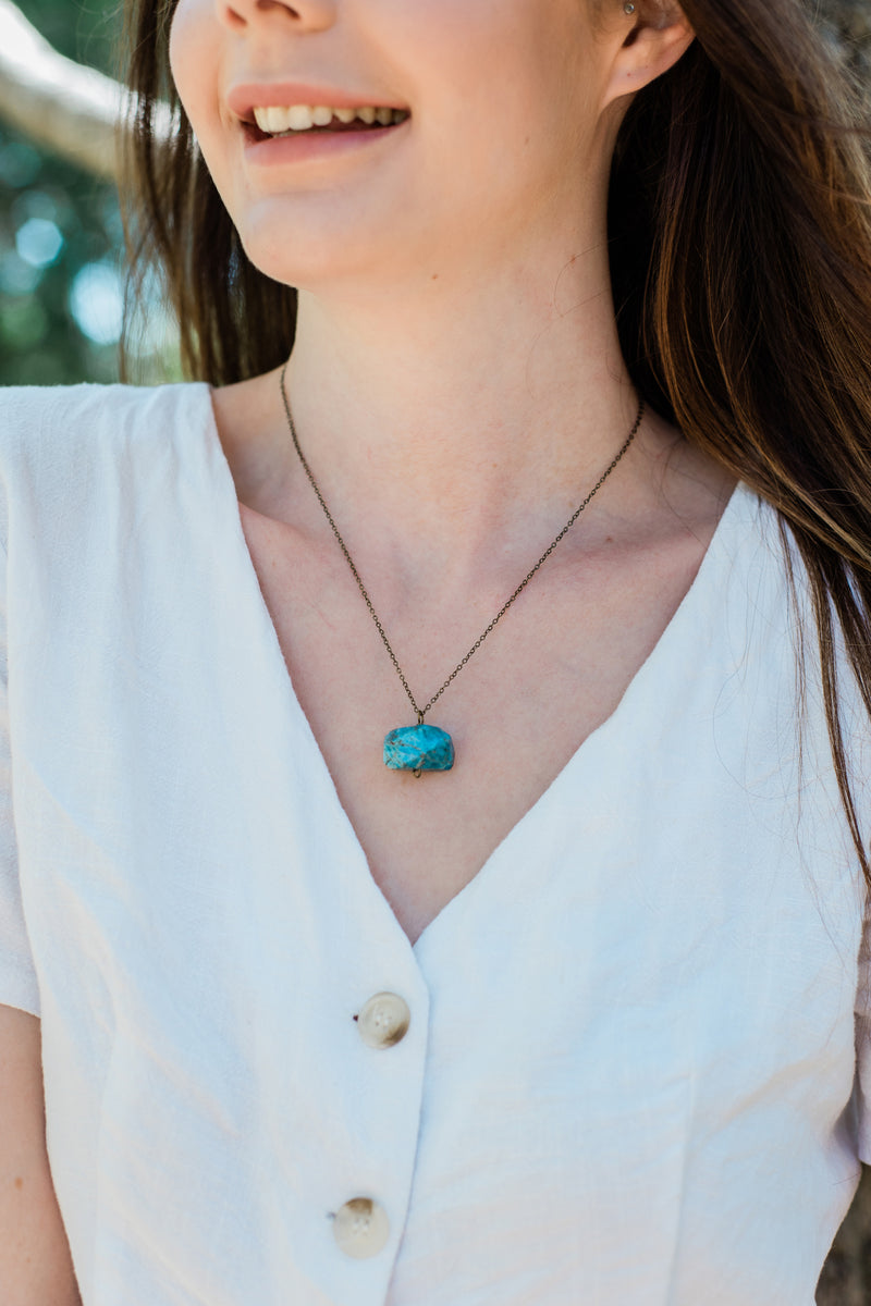 Chunky Apatite Crystal Nugget Necklace - Luna Tide Handmade Jewellery