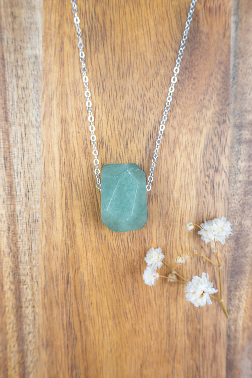 Simple Green Aventurine Stone Necklace