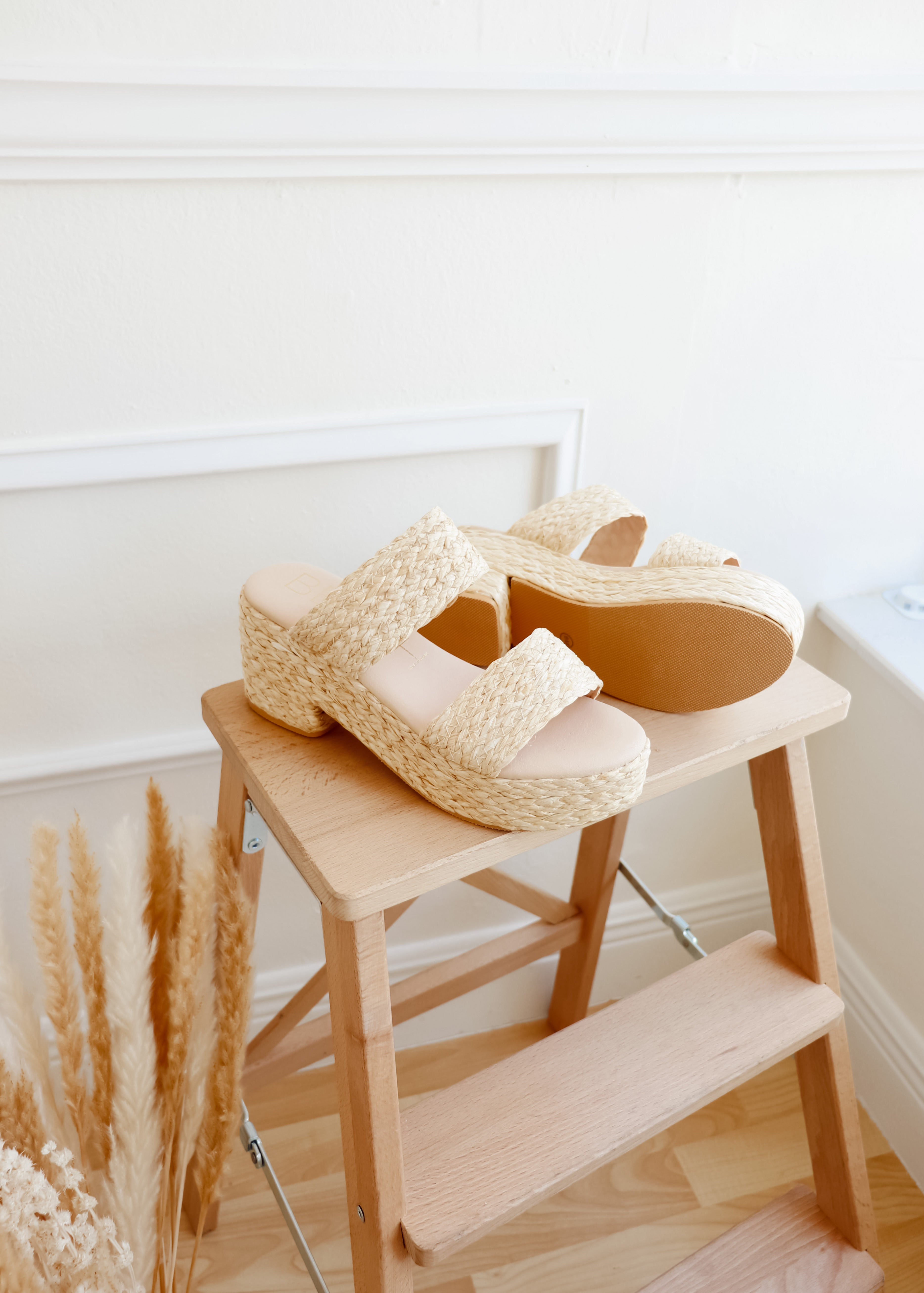 Ocean Ave Natural Chunky Heels