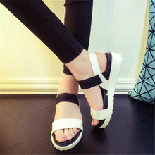 Summer Peep-toe flat Shoes Roman sandals Women