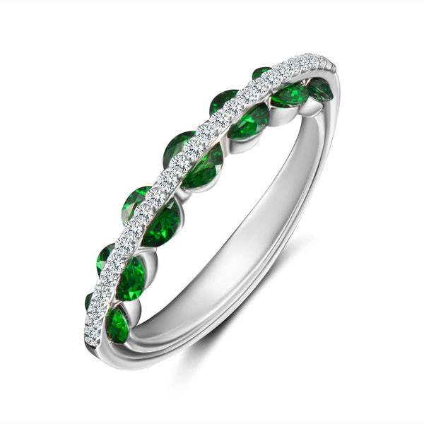 Light Emerald Ring - Diamonds and Emeralds
