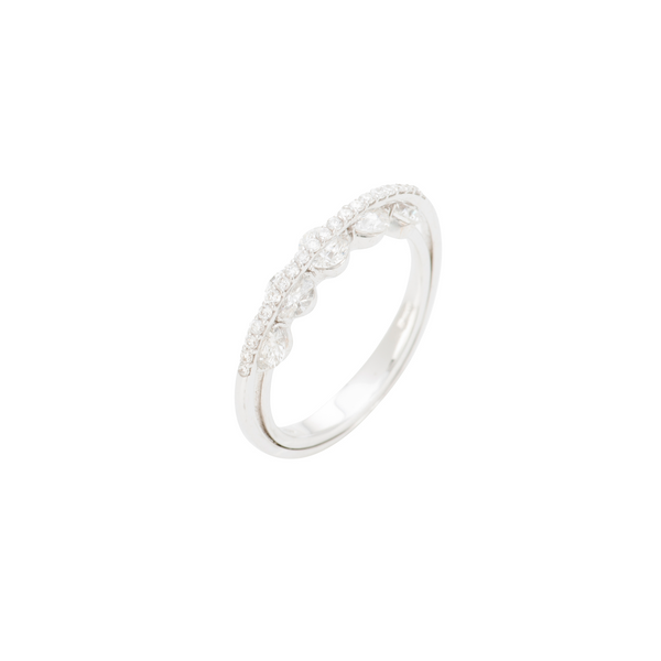 Light Collection Ring - Diamonds