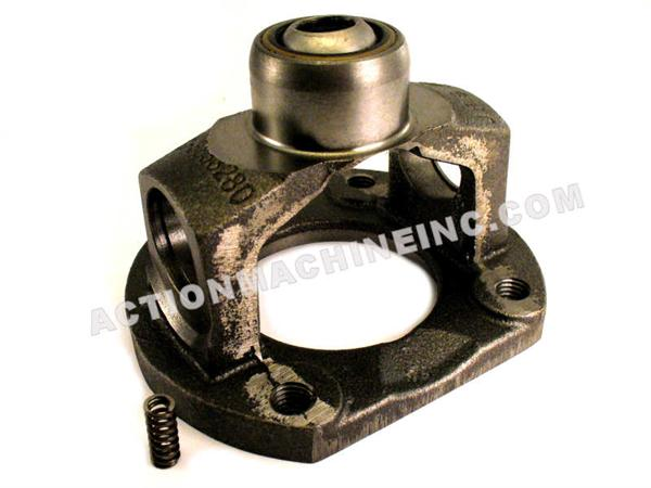Neapco N3-28-025X Flanged Socket Yoke