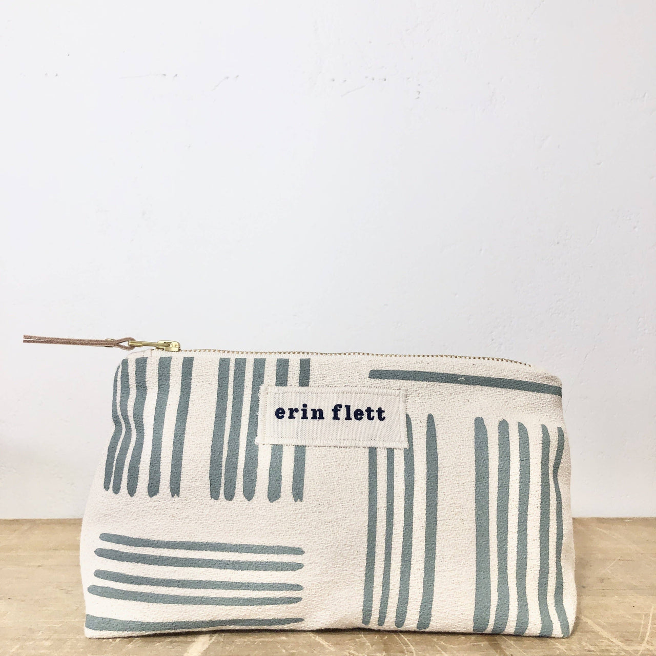 Slate Brush Makeup Zipper Bag