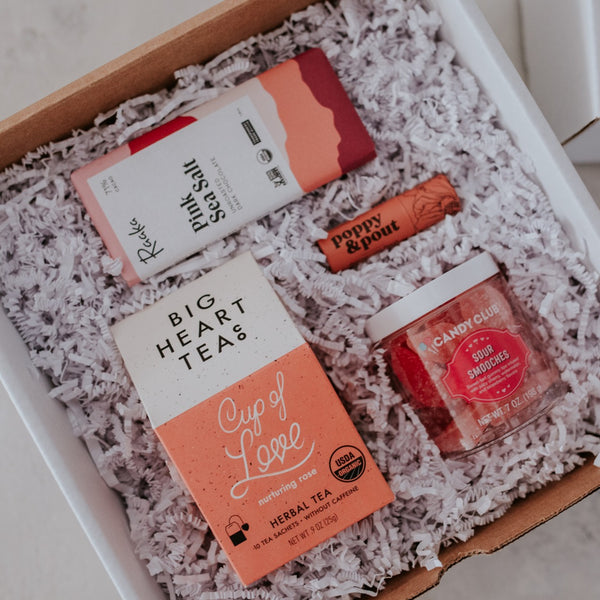 Sending Smooches and Love Gift Box