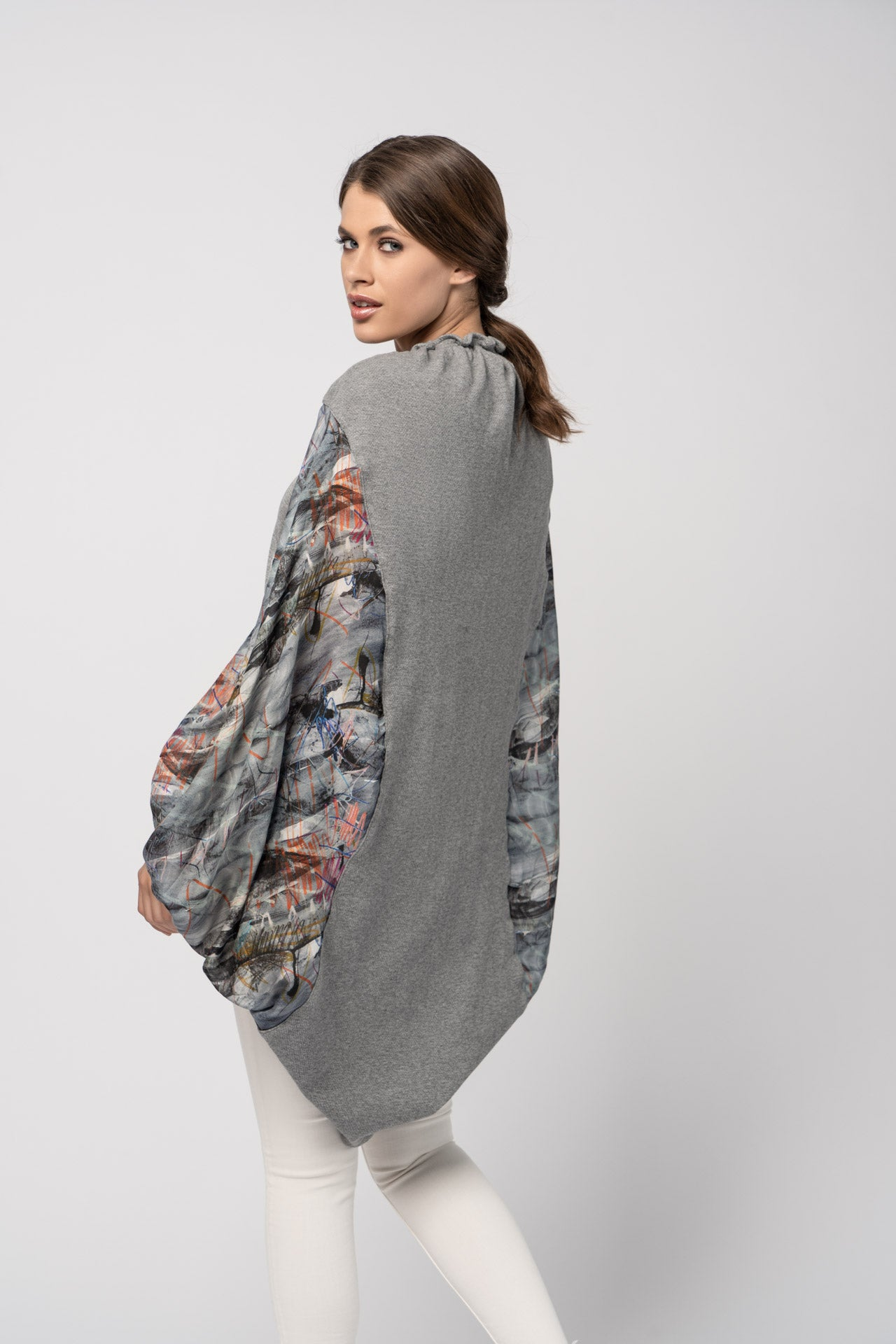 Figura Shawl - Gray Abstract Print Shawl - artTECA