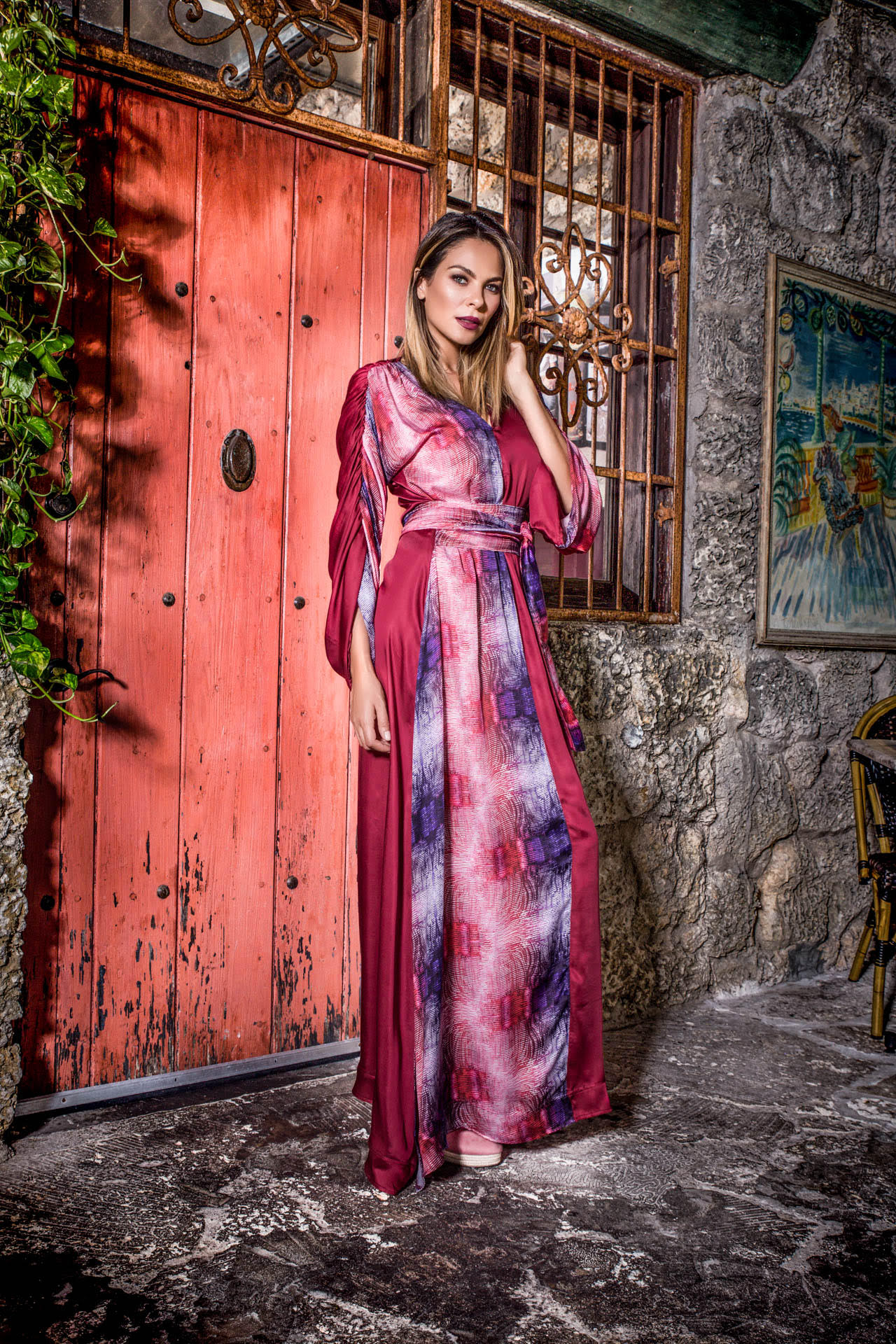 Frieze Kaftan - Red Plum Print Dresses - artTECA