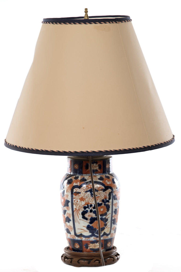19th Century Japanese Imari Ovoid Porcelain Table Lamp with Floral Cartouches