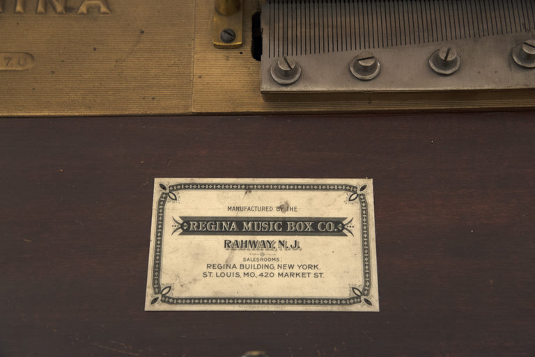 Regina Music Box with Stand