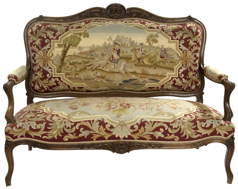 Charmant Louis XVI Style Carved Walnut Tapestry Sofa