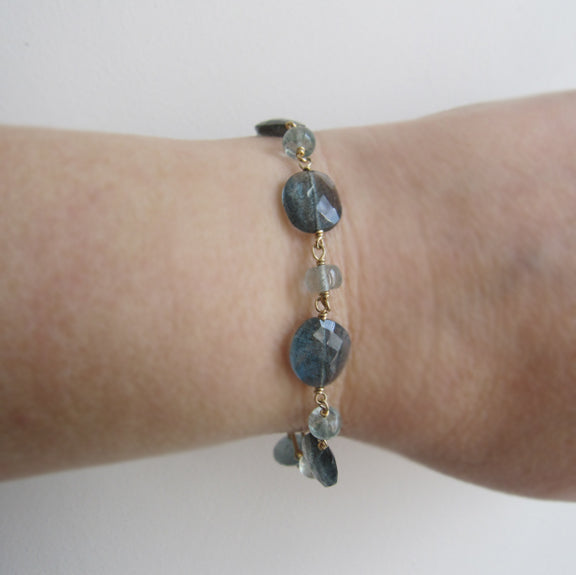 moss aquamarine solid 14k gold beaded bracelet5