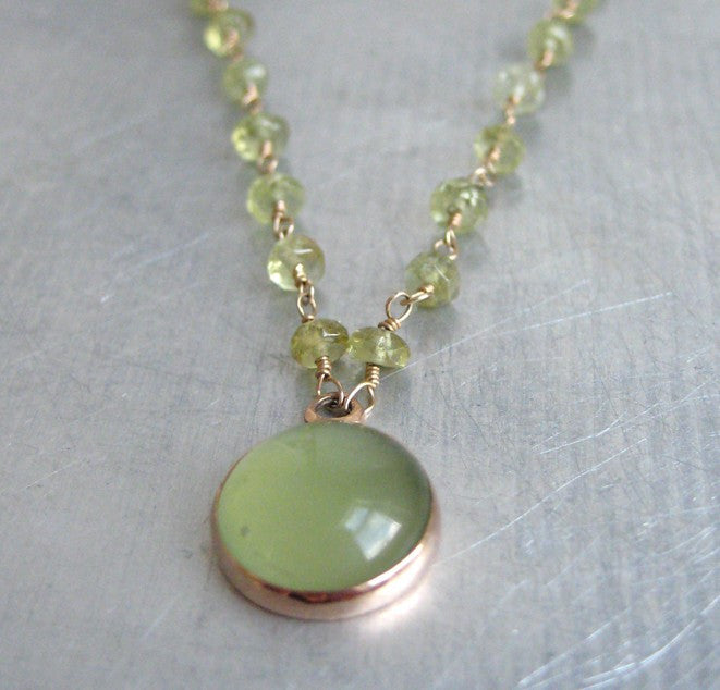 green garnet wire-wrapped bead chain with serpentine cabochon pendant. Solid 14k rose gold necklace2