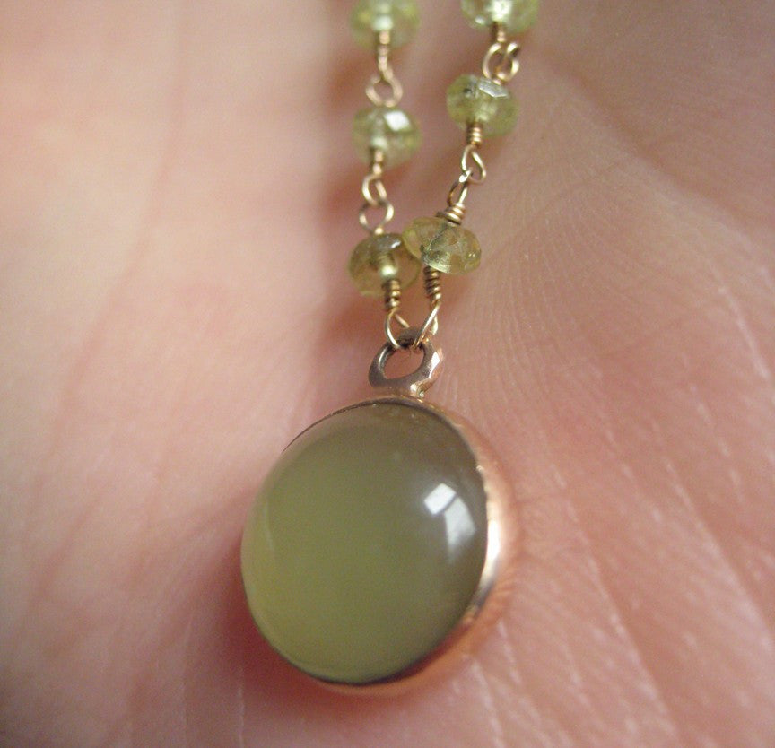 green garnet wire-wrapped bead chain with serpentine cabochon pendant. Solid 14k rose gold necklace3