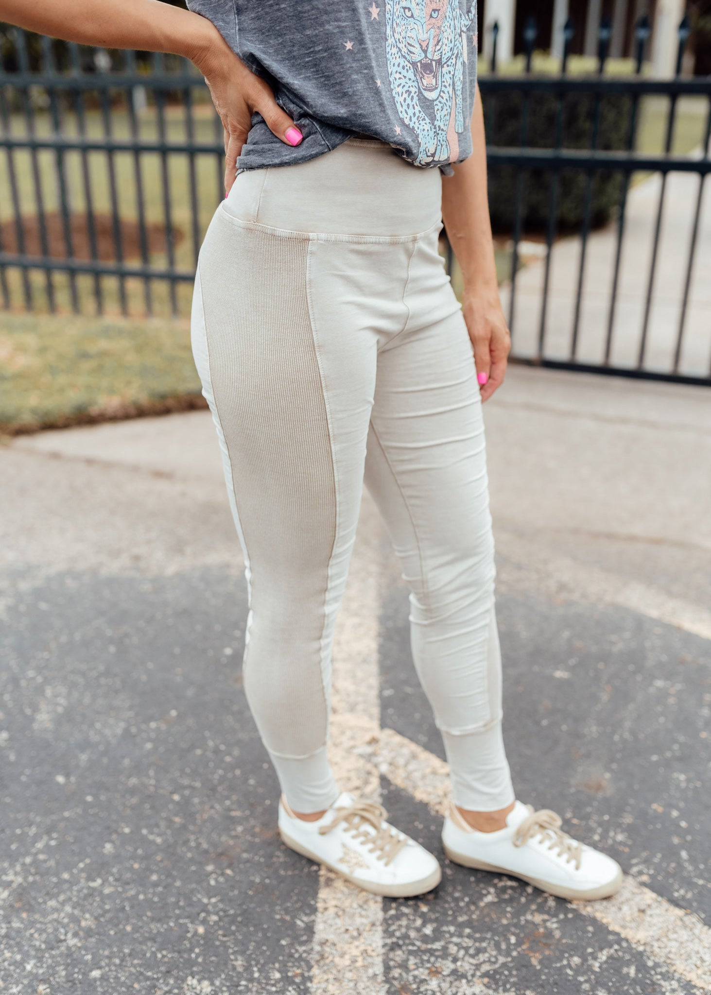 Faded Mineral Wash Leggings (CAN FIT XL) *FADED KHAKI