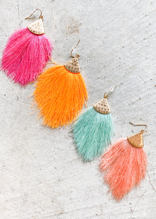 Feathery Earrings (4 colors)