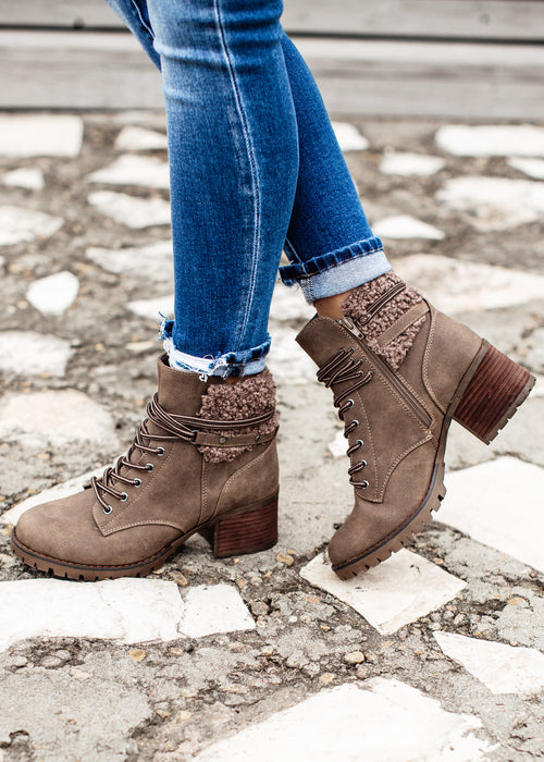 Olivia Boot (6-11) *TAUPE