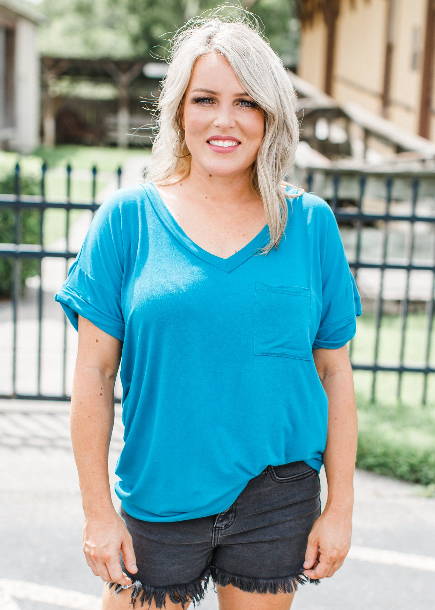 Teal Boyfriend V-Neck (Can fit XL) *SIZE DOWN!