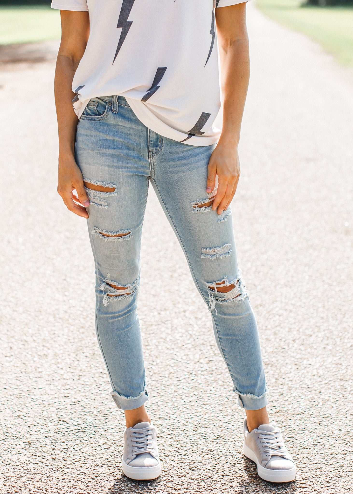 Jude Distressed Jeans (1-15)