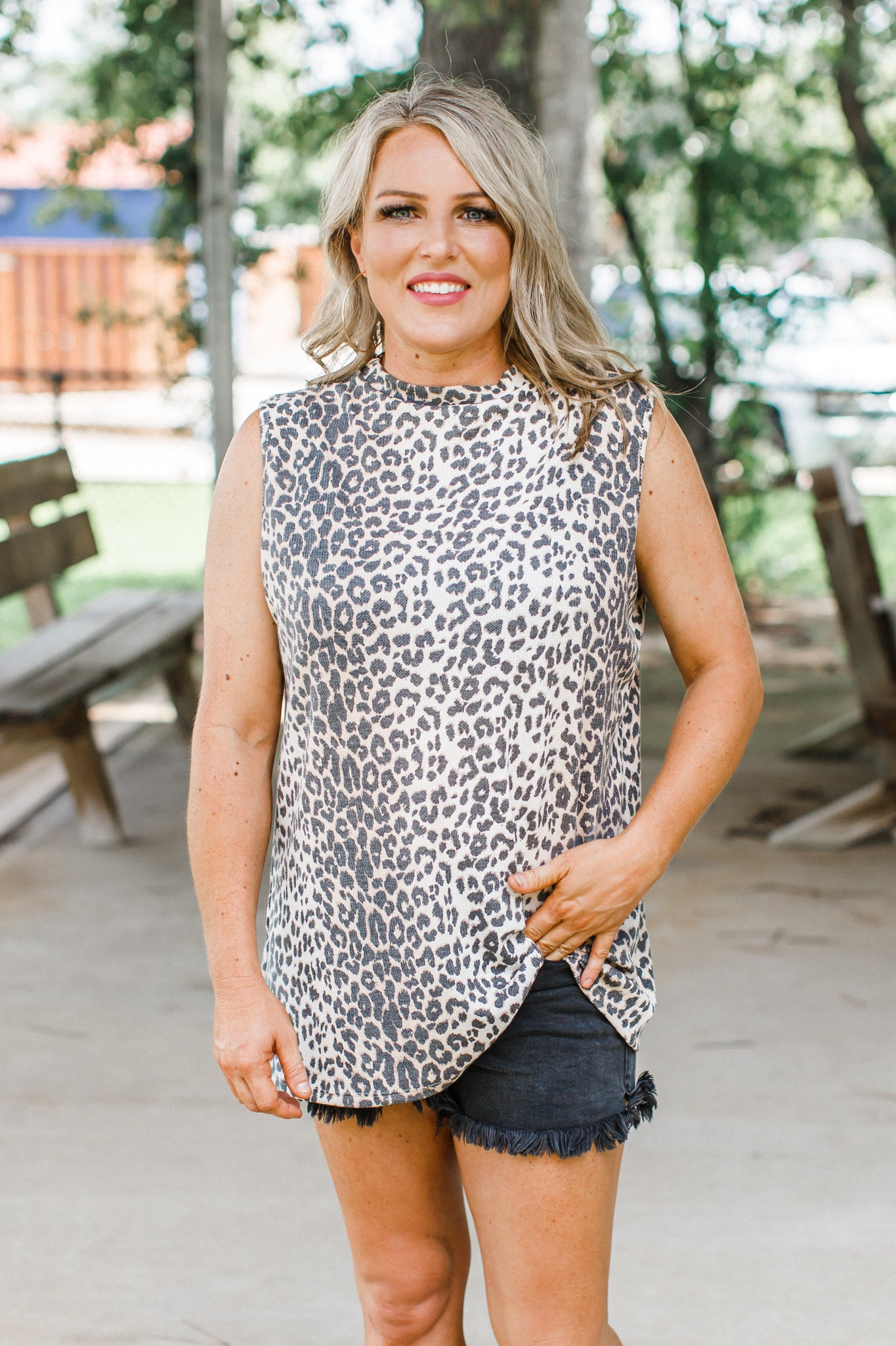 Julie Leopard Top (S-XL)