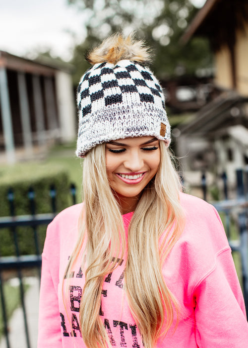 Pom Fleece Lined Beanie *Black/White