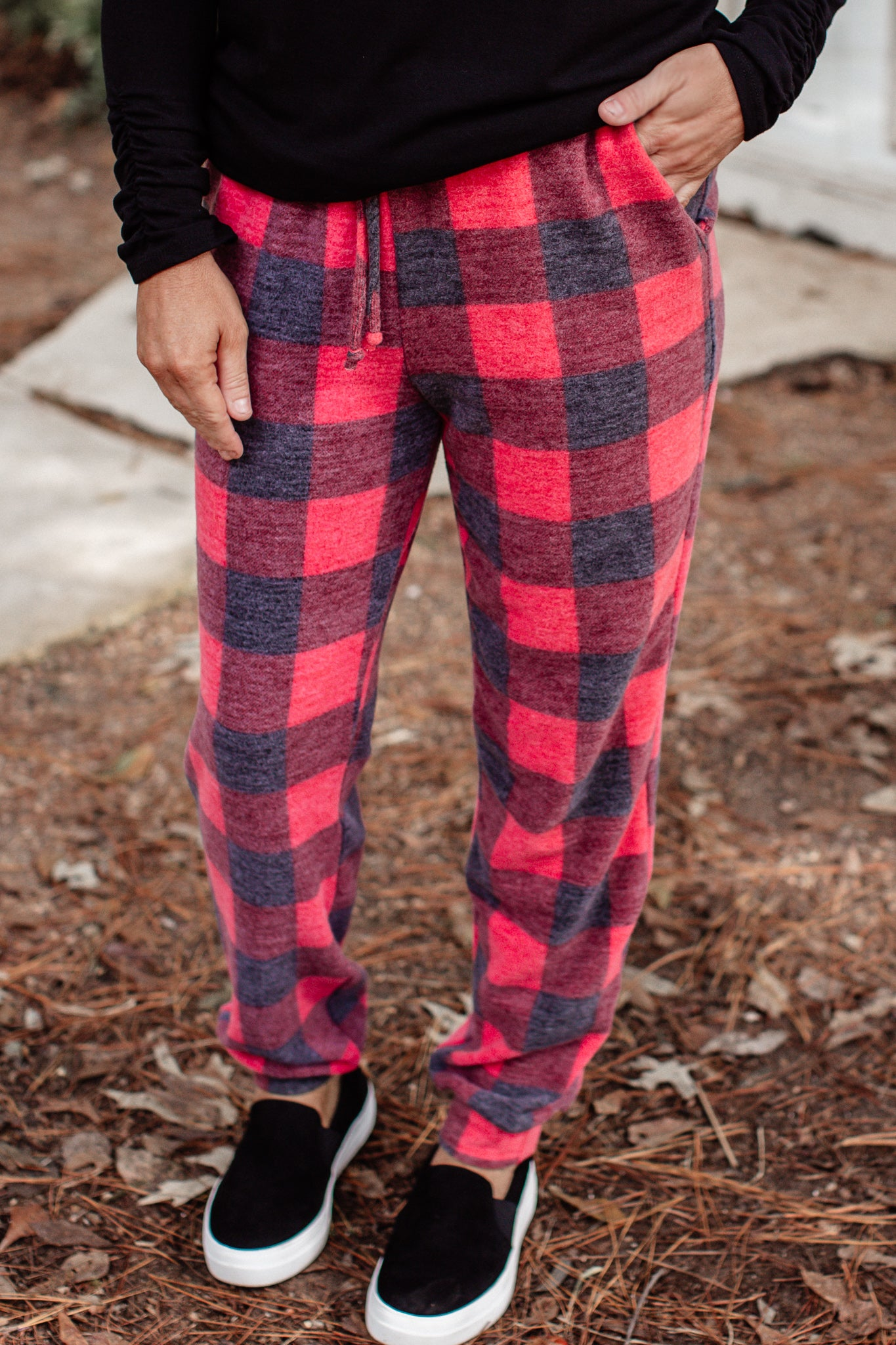 Buffalo Plaid Joggers (S-3X)