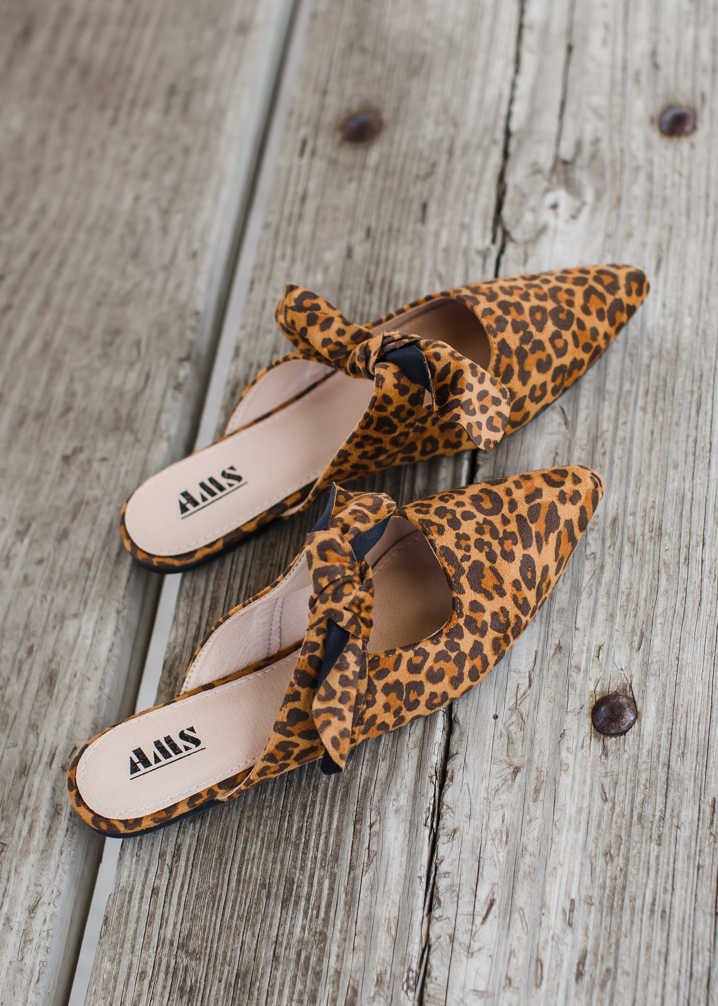 Mule Slip On *Leopard ( 6-11 ) ***SIZE UP WHOLE SIZE!
