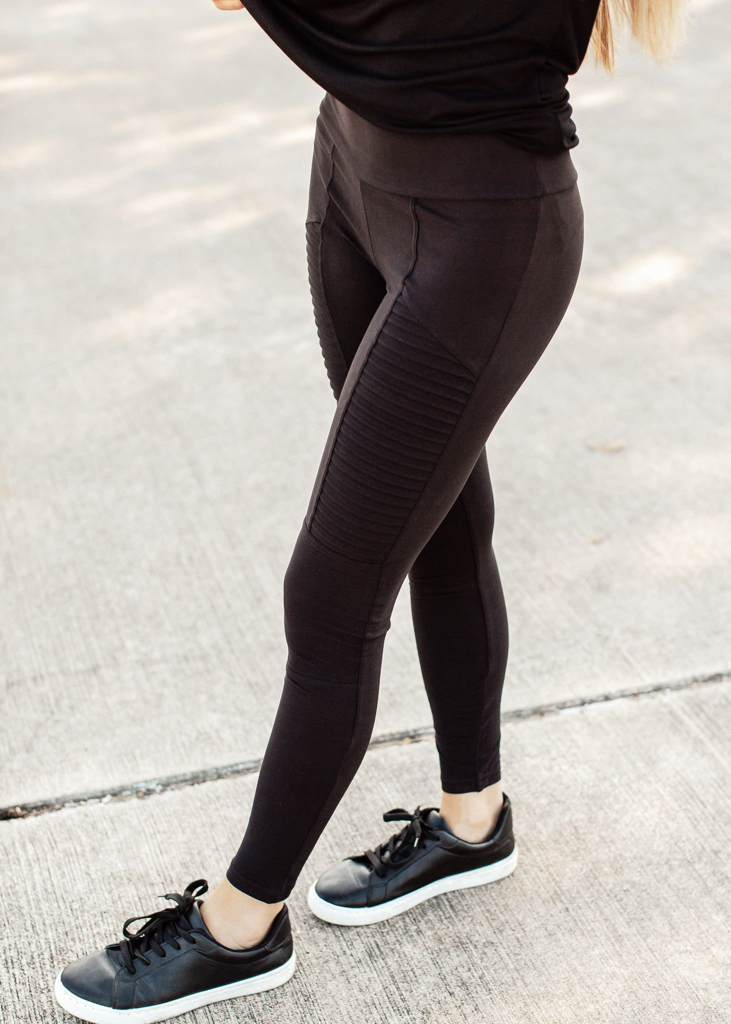 Motto Leggings (S-3X) *BLACK