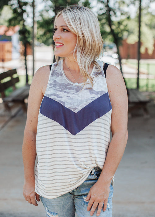 Twist Back Camo Chevron Top (S-3X)