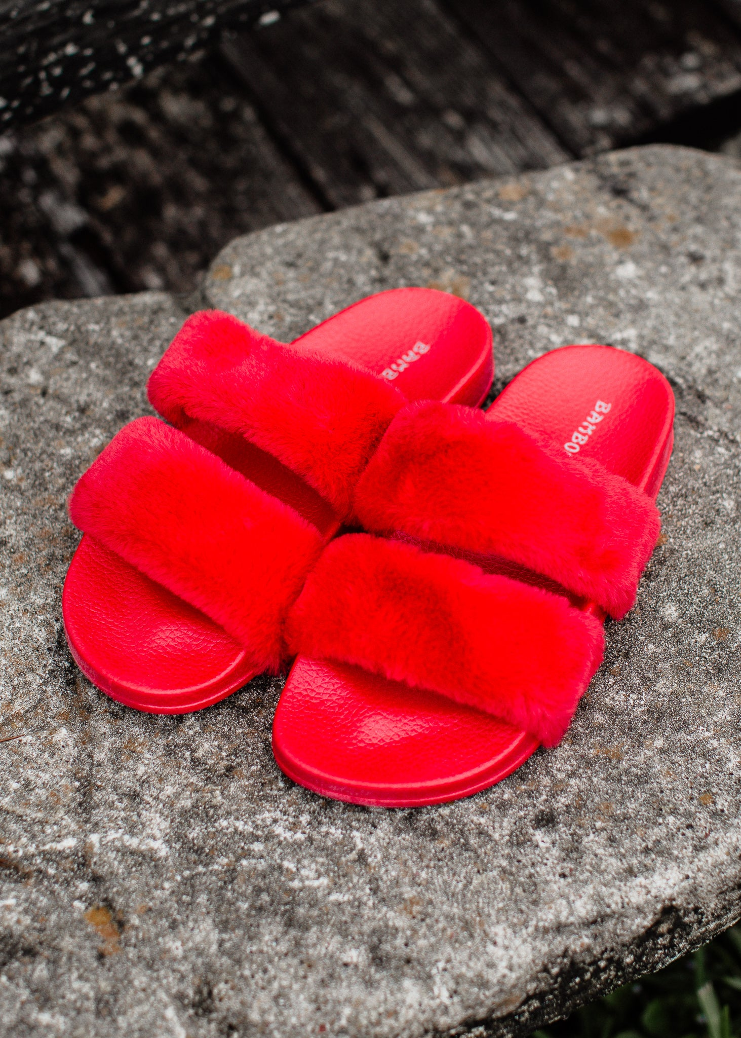 Two Band Fur Shoes (6-10) *RED