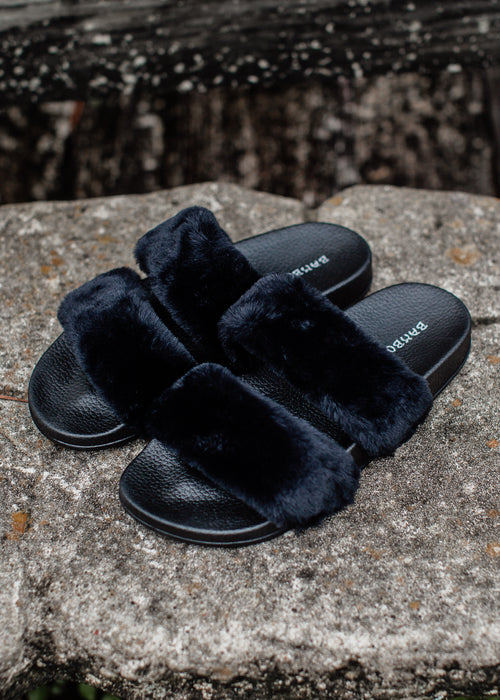 Two Band Fur Shoes (6-11) *BLACK