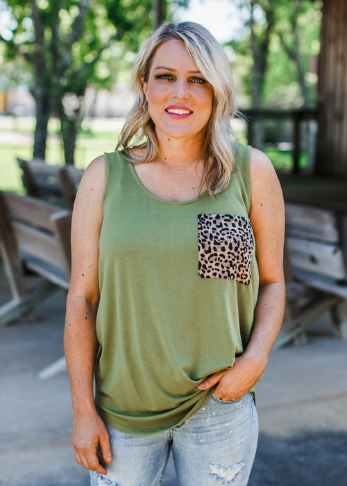 Lizz Leopard Pocket Top (S-XL) **DUSTY GREEN