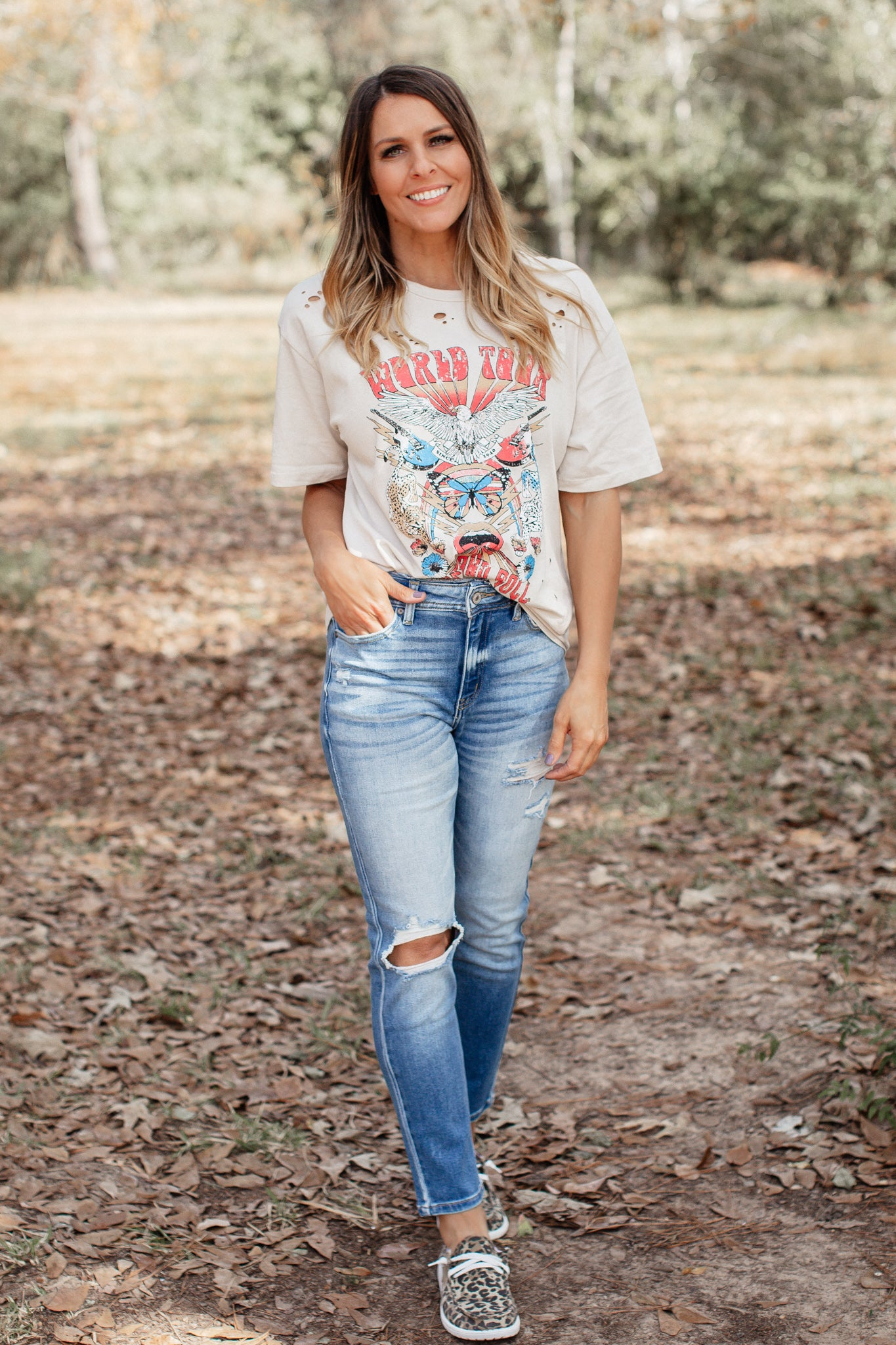 High Rise Kancan MOM Jeans (1-15)