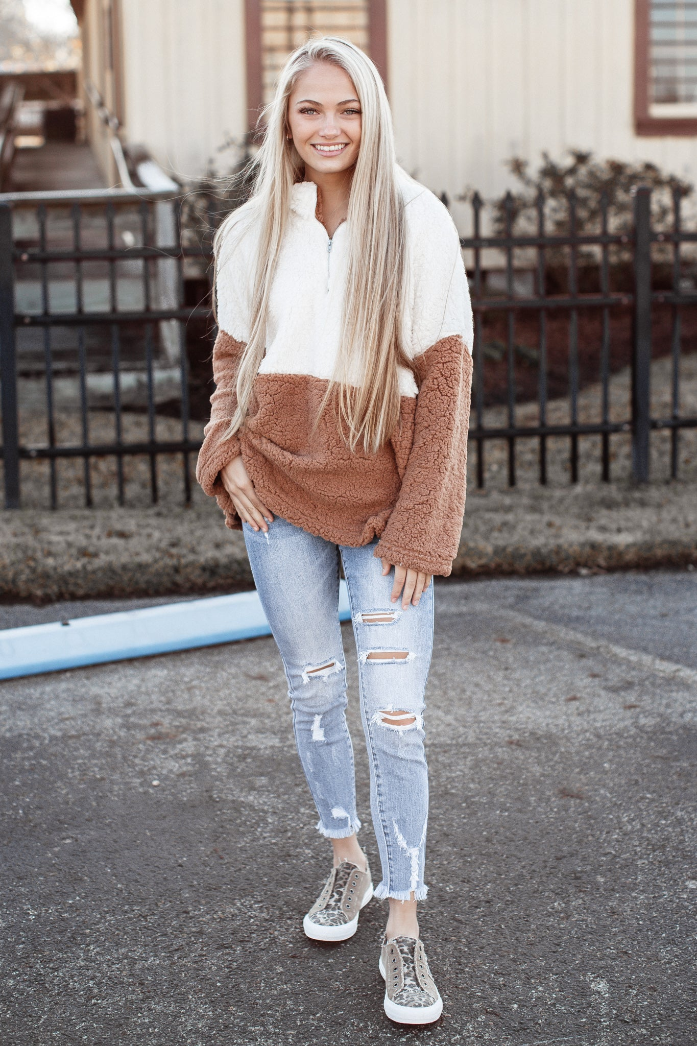 Color Block Sherpa *MOCHA