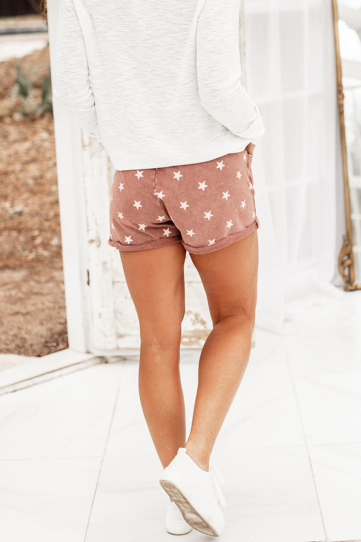 Star Mineral Wash Shorts *DRIED ROSE