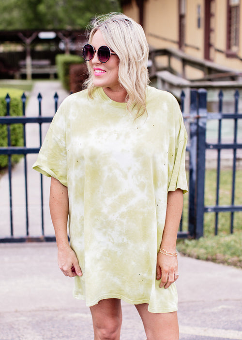 Oversized Tie Dye T-Shirt (CAN FIT XL) *LIME